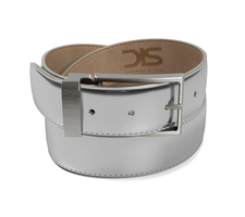 Shiny laminated silver leather belt with opaque buckle