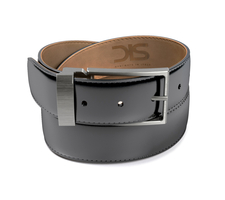Patent black leather belt with opaque buckle