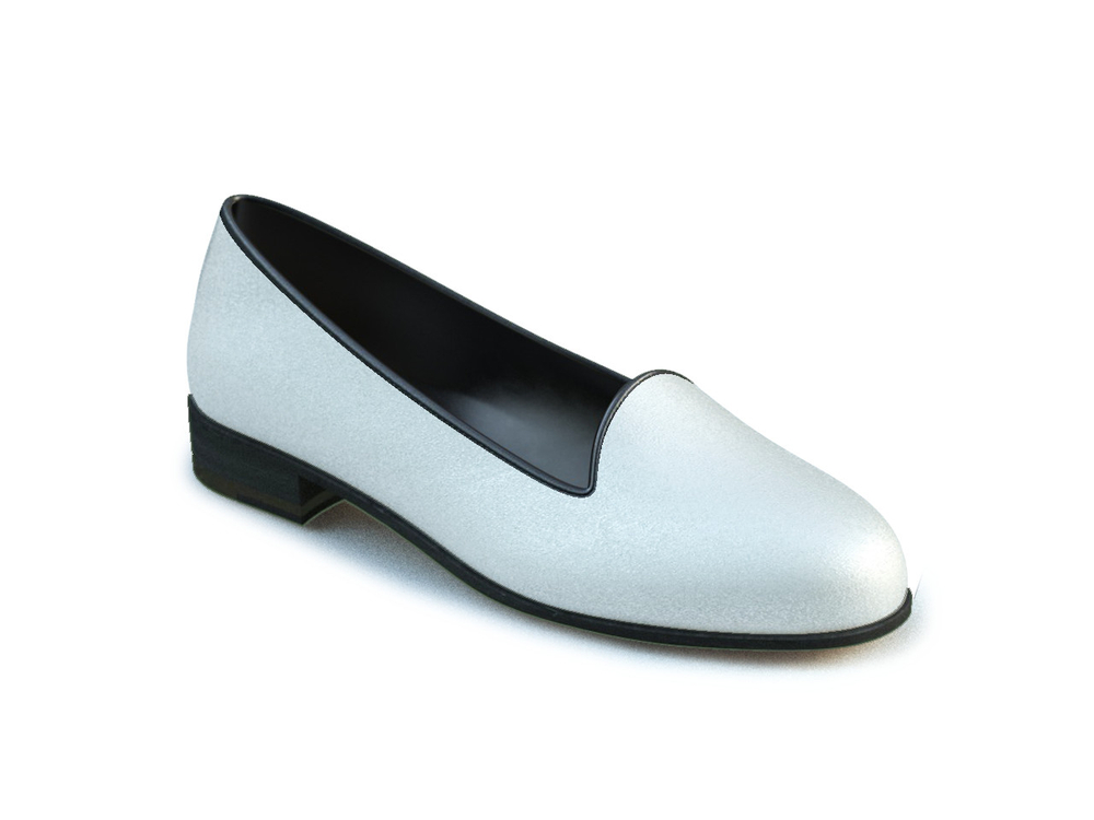 white laminated leather woman mocassin